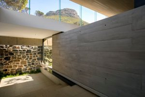 4_bed_vacation_villa_-_higgovale_-lionshead_view