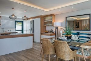9-on-nautica-9-on-nautica-dining-kitchen-area-82922703-958x640-1
