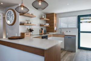 9-on-nautica-9-on-nautica-kitchen-82922696-958x640-1