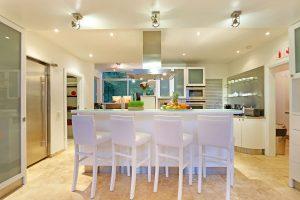Hollywood-Mansion-kitchen-