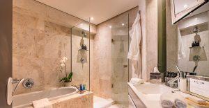 Moondance-bathroom