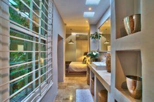 bedroom_with_bathroom