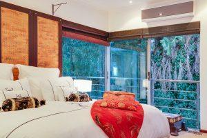 6 Bedroom Holiday Villa in Camps Bay