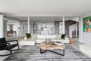 Villa-Rose-Camps-Bay-Lounge-interior-8d44db