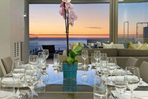 MonteMar-Villa-Camps-Bay-dining-at-night