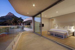 MonteMar-Villa-Camps-Bay-main-bedroom