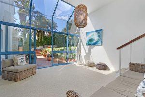 Breakers-Beach-house-Llandudno-Villa-SITTING-AREA