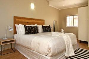 Horak-Villa-Camps-Bay-Holiday-Rental-bedroom-1