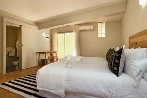 Horak-Villa-Camps-Bay-Holiday-Rental-bedroom