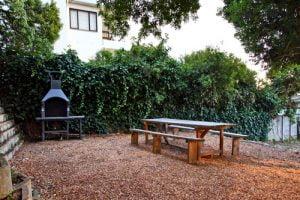 Horak-Villa-Camps-Bay-Holiday-Rental-exterior-bbq