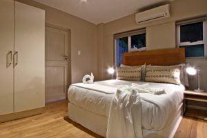 Horak-Villa-Camps-Bay-Holiday-Rental-interior