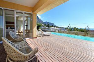 Horak-Villa-Camps-Bay-Holiday-Rental-pool