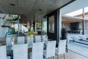 Villa-St-Leon-Bantry-Bay-dining-area-2