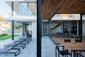 Villa-St-Leon-Bantry-Bay-exterior-lounger