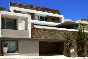Luxury-Villa-22-Geneva-.-Front-facing-property-view