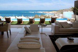 Villa-22-Geneva-Lounge-leading-to-outdoor-entertainment-area