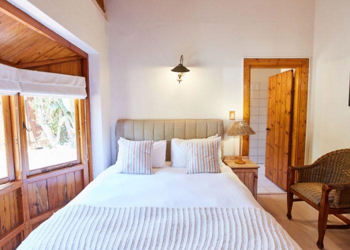 Three bedroom beach house in Knysna available for rental