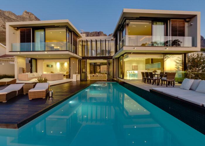 Luxury Villa in Camps Bay - exterior