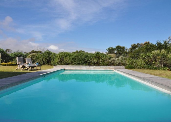 Pool - luxury Accommodation - The Meadows Villa