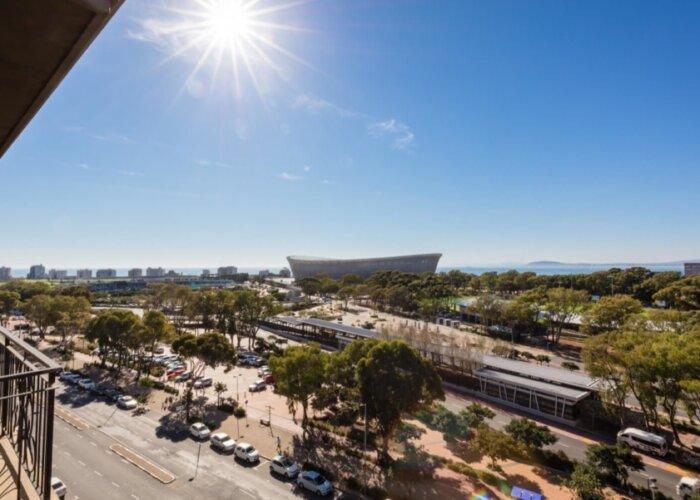 luxury-cape-town-apartment-705-Cape-Royale-View-cape-town-stadium-
